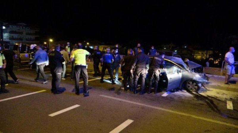 Sivil Polis Aracı İle Otomobil Çarpıştı: 1 Polis Şehit, 1 Astsubay Hayatını Kaybetti
