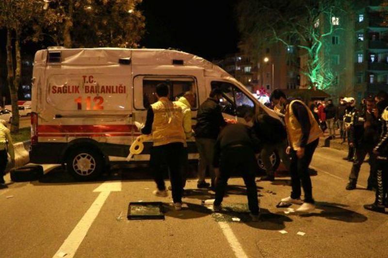 Ambulans İle Taksinin Çarpışma Anı Kamerada