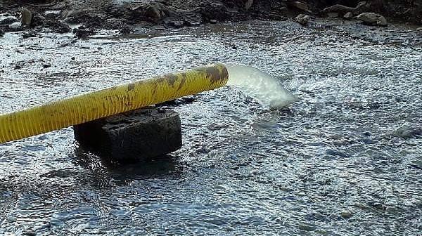 Temeldeki Su Kesilmeyince Hükümet Konağı İnşaatında Çalışma Durdu