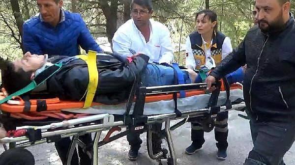 Kazada Başında Kask Bulunmayan Anne Ağır Yaralandı