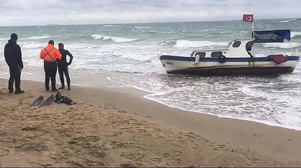 Bozcaada'da Teknesiyle Denize Açılan Kişinin Cansız Bedenine Ulaşıldı