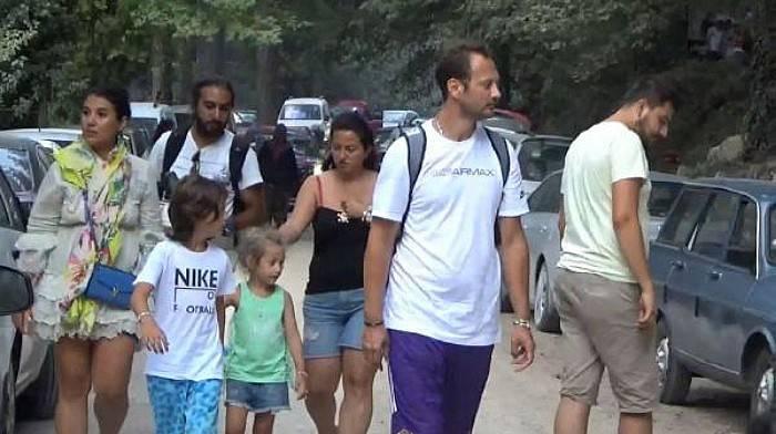 Ayazma, Bayram Tatili Boyunca Ziyaretçi Akınına Uğradı