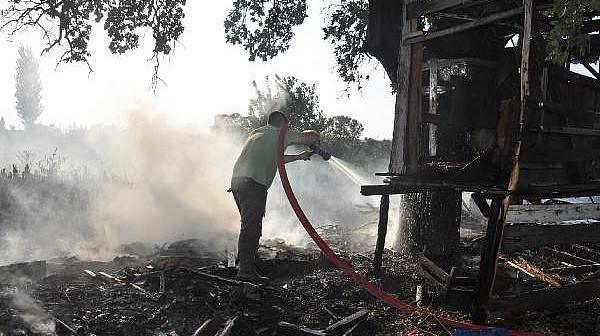 Bayramiç'te Çıkan Yangın, Biber ve Kabaklara Zarar Verdi