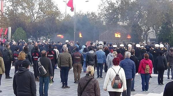 Çanakkale'de, Ulu Önder Atatürk Saygıyla Anıldı
