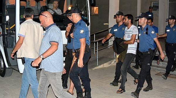 Bozcaada'daki Cinayete 3 Tutuklama