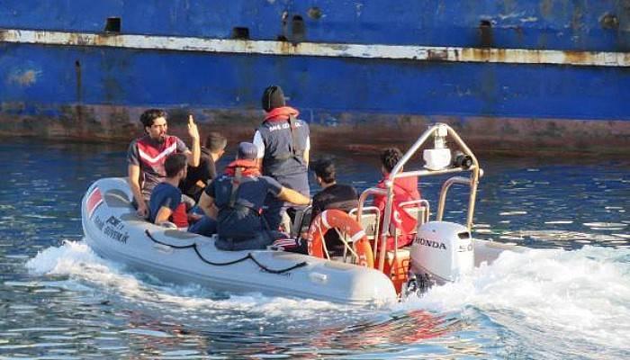 Ayvacık'ta 93 Kaçak Göçmen Yakalandı