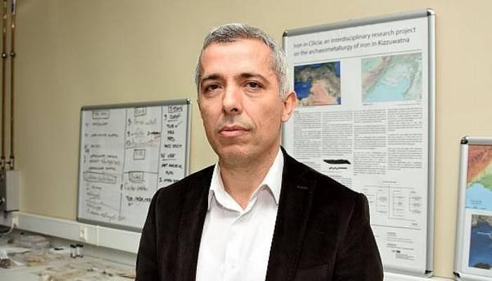 'Türkiye'de 16 Gök Taşı Örneğinden Birisi'
