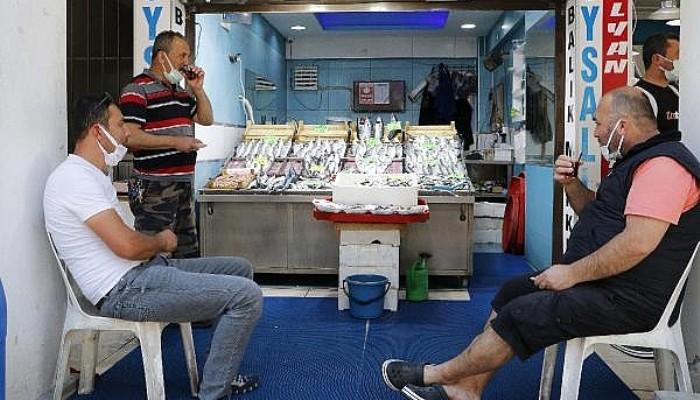 Balık Satışlarında Müsilaj İle Düşüş; Balıkhane Bomboş