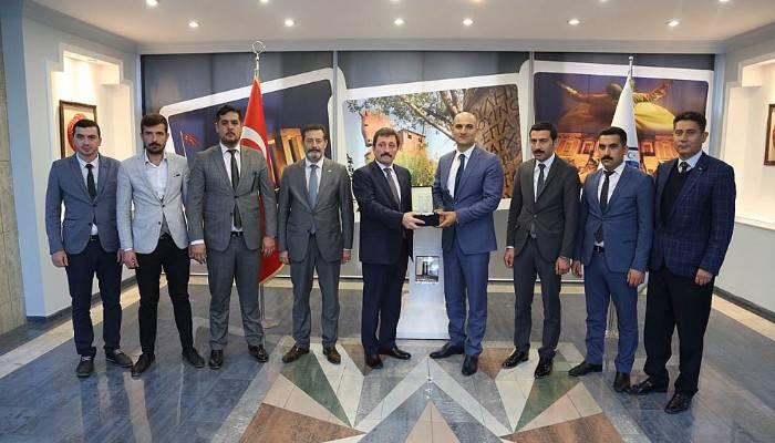 MHP'li Kılavuz'dan Vali Tavlı'ya Ziyaret