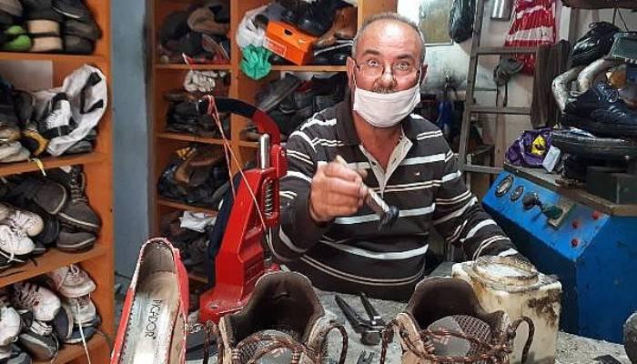 Ayakkabı Ustası, Tamire Bırakılan Ayakkabıların Alınmamasından Şikayetçi