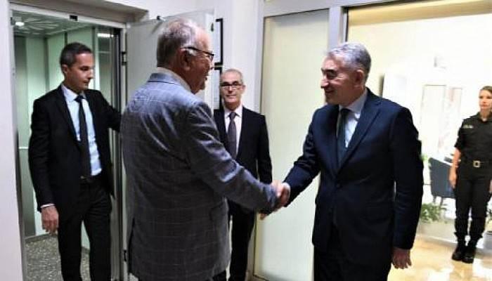 Başkan Gökhan,Emniyet Müdürü Karaduman'ı Ziyaret Etti
