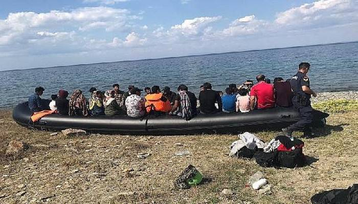 Ayvacık'ta 2 Günde 385 Kaçak Göçmen Yakalandı
