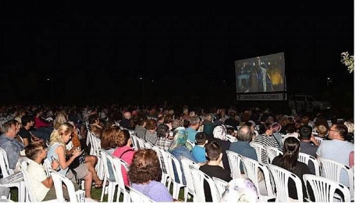 Çanakkale'de Açık Hava Sinema Geceleri Devam Ediyor