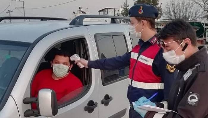 Turizm cenneti Bozcaada'ya Geçişlerde Koronavirüs Kontrolü