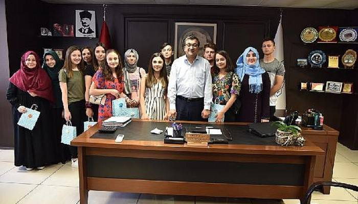 Başkan Öz, Öğrencilere İnternet Sözünü Yerine Getirdi