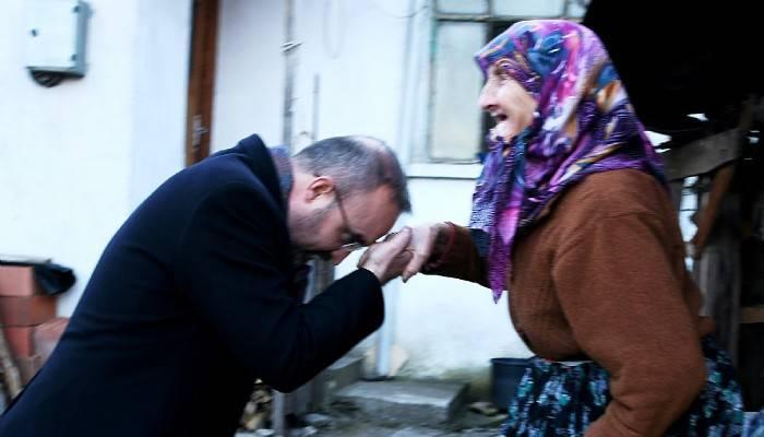 """""""Tek Beklentisi Sevgi ve Saygı Olan Annelerimize Karşı Daha Hassas Olmalıyız"""""""