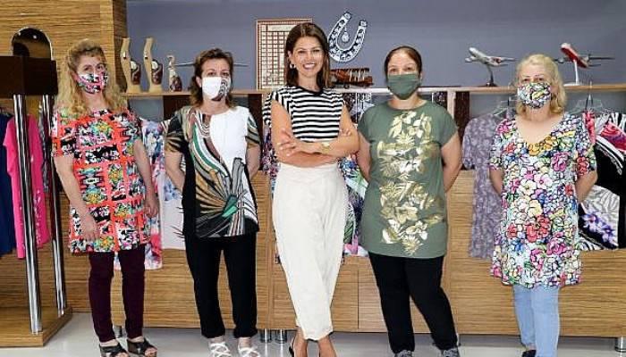 Çanakkale'de Tekstil Firması, Kıyafetleri Maske İle Kombine Etti