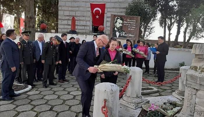 'Vatan Şairi' Namık Kemal Mezarı Başında Anıldı