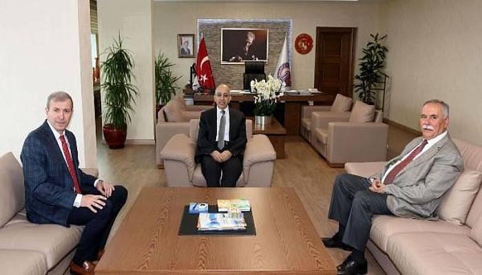 Başkan Gökhan, Rektör Murat'ı Ziyaret Etti