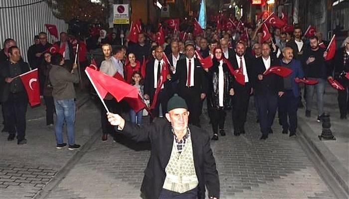 Biga'da, Cumhuriyet'in 96'ncı Yılı Coşkuyla Kutlandı