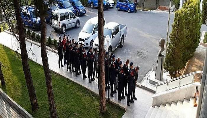 Çanakkale'de Göçmen Kaçaklığı Operasyonu: 23 Gözaltı