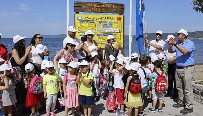 Çanakkale'de 3 Plaja Mavi Bayrak Verildi