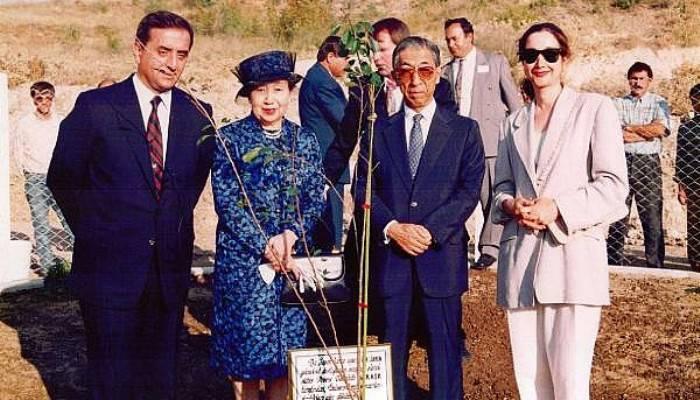 Japon Prensin Diktiği Sakura 27 Yıldır İki Ülkenin Dostluğunu Simgeliyor