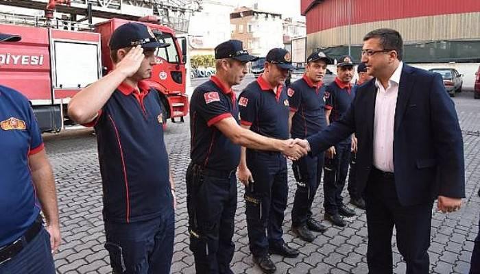 Başkan Öz, İtfaiye Personeliyle Bir Araya Geldi
