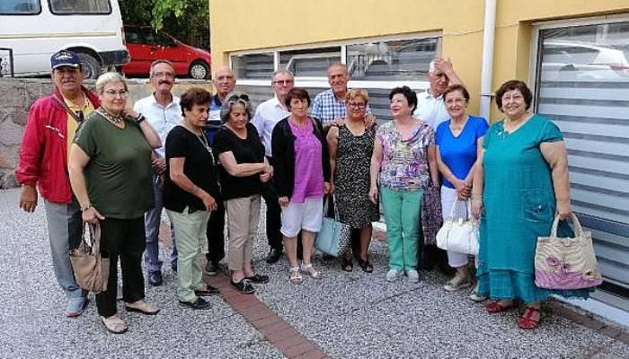 Ayvacık'ta, İlkokul Arkadaşları 58 Yıl Sonra Buluştu