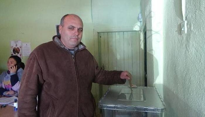 11 Seçmenli Köyde Oy Verme İşlemi 1 Saatte Bitti