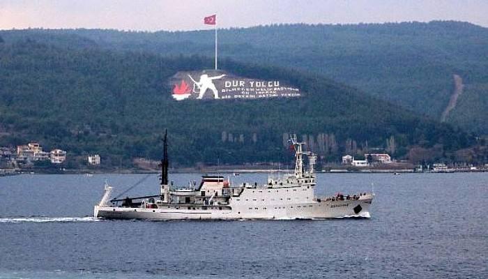 Rus Araştırma ve İstihbarat Gemisi, Çanakkale Boğazı'ndan Geçti