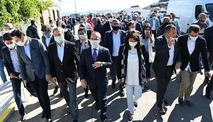 AK Parti'li Turan: Gelecek Partisi İle Deva Partisi, İktidar Alternatifi Olamadıklarını Çok Kısa Sürede Millete Gösterdi