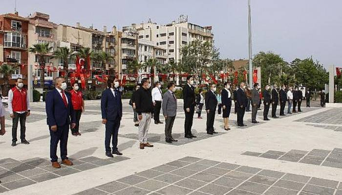 Çanakkale'de 19 Mayıs, Sosyal Mesafeli Kutlandı