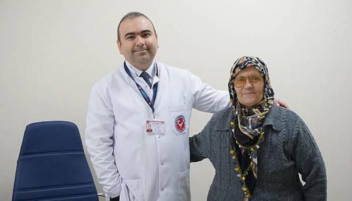 Dikişsiz Aort Kapağı Ameliyatıyla Sağlığına Kavuştu