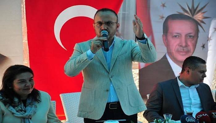 AK Partili Turan: Bunlar O Papazı Değil, Erdoğan'ı İstiyorlar