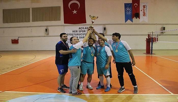 Demokrasi Kupası Muratlar Ortaokulu'nun