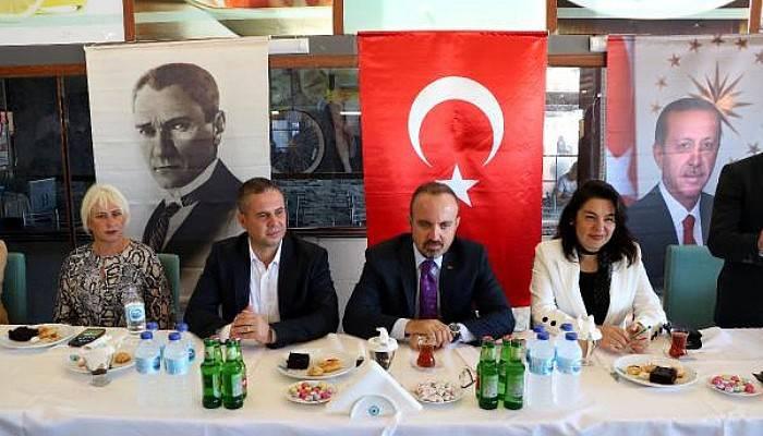 AK Parti'li Turan: Mesele Türkiye'nin Büyümesini, Gelişmesini Önleme İddiası