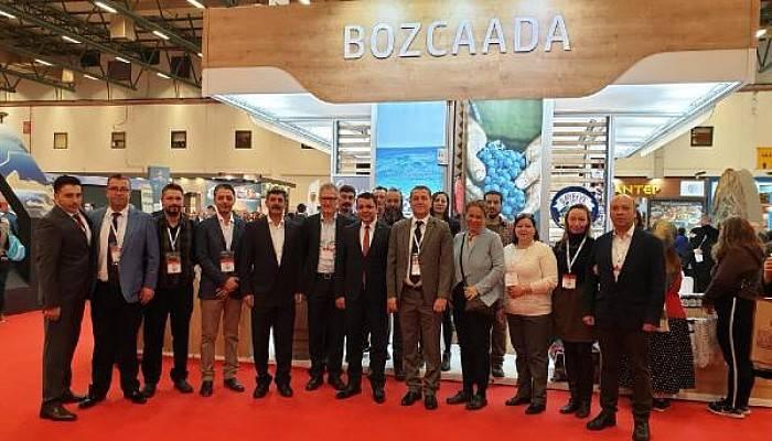 EMITT'te Bozcaada'ya Bölgenin Havasını En İyi Yansıtan Stant Ödülü Verildi