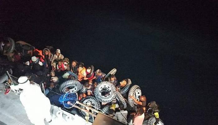 Ayvacık'ta Lastik Bottaki 37 Kaçak Göçmen Kurtarıldı