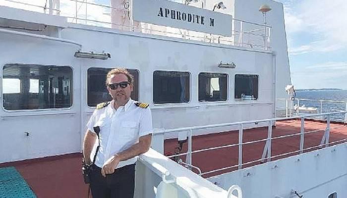 Kaptan Arsoy'un Evinde Çifte Bayram