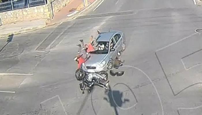 Çanakkale'de Trafik Kazası MOBESE Kameralarına Yansıdı