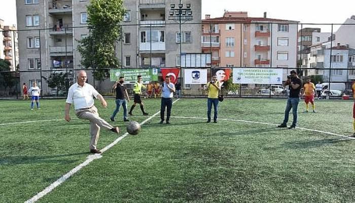 Çanakkale Belediyesi Birimler Arası Futbol Turnuvası Başladı
