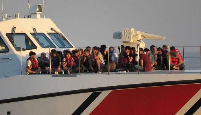 Ayvacık'ta 280 Kaçak Göçmen Yakalandı