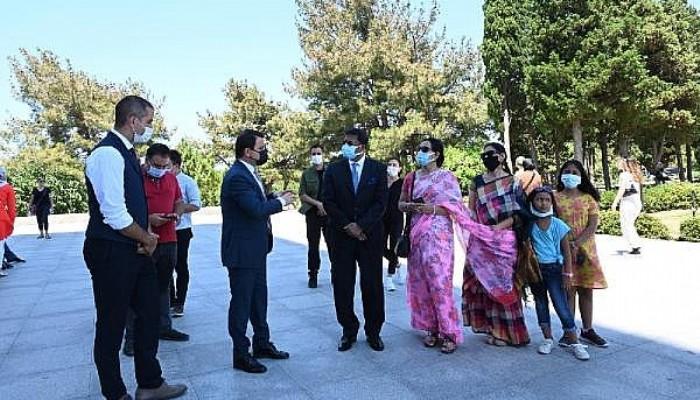 Hindistan Büyükelçisi Panda, Tarihi Alanı Ziyaret Etti