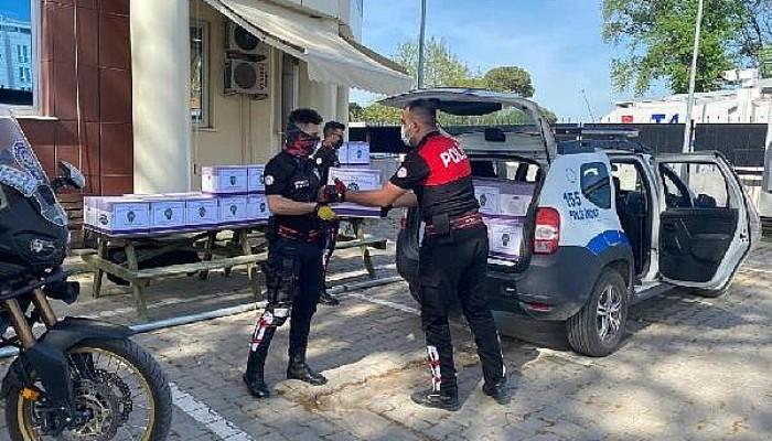 Biga Polisinden İhtiyaç Sahiplerine Ramazan Yardımı