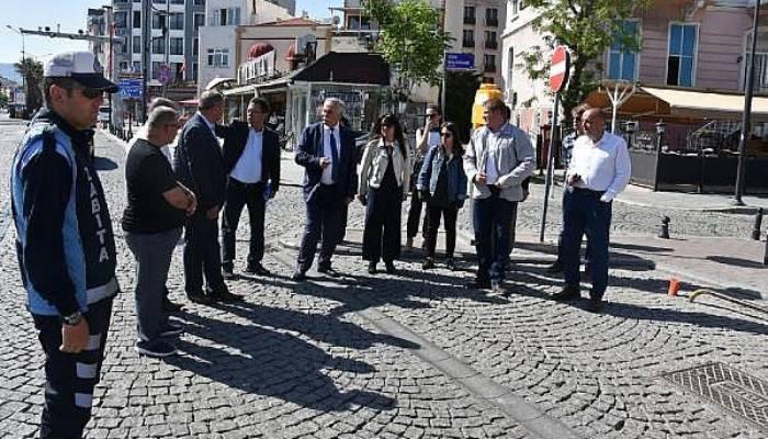 Başkan Gökhan, İskele Meydanı'nda İnceleme Yaptı
