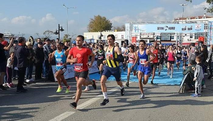 Gelibolu'da, Milli Atlet Şevki Koru Anısına Koştular