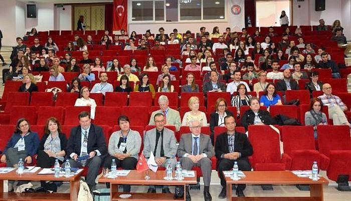 ÇOMÜ'de, 39'uncu Uluslararası Amerikan Çalışmaları Konferansı Yapıldı