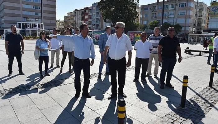 Başkan Gökhan, İskele Meydanındaki Çalışmaları İnceledi