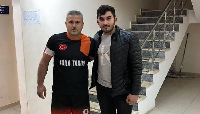 Bayramiç'teki Futsal Turnuvasında Papen Mustafa Rüzgarı